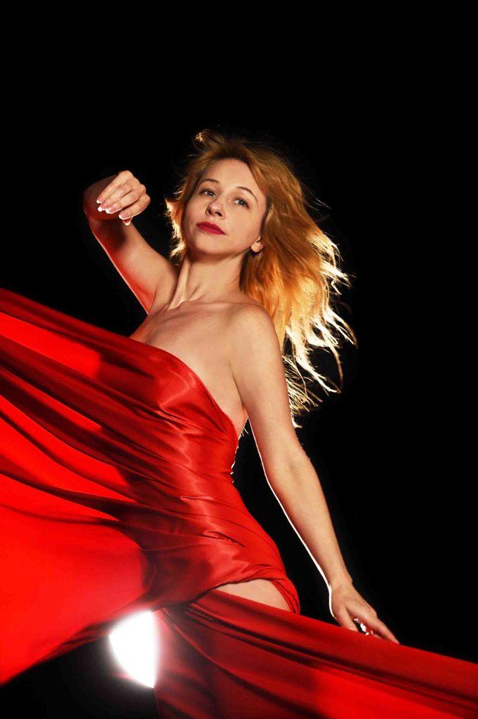 Hounslow escorts - hot blonde